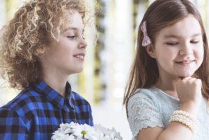 μοντέρνα παιδικά κουρέματα για αγόρια και κορίτσια